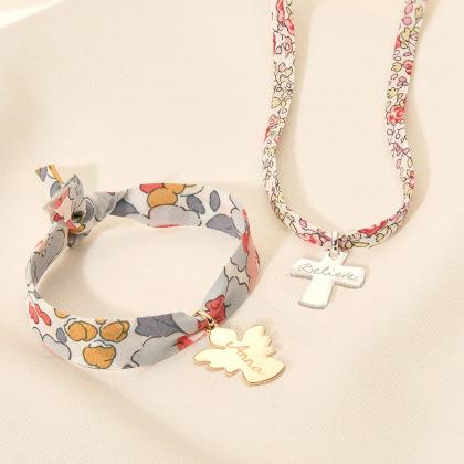 Le collier personnalisé Liberty Baptême ou Communion