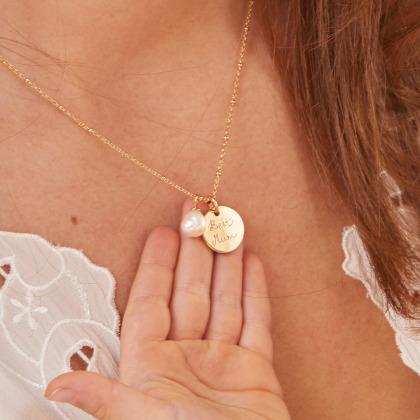 Collar personalizado con perla ovalada